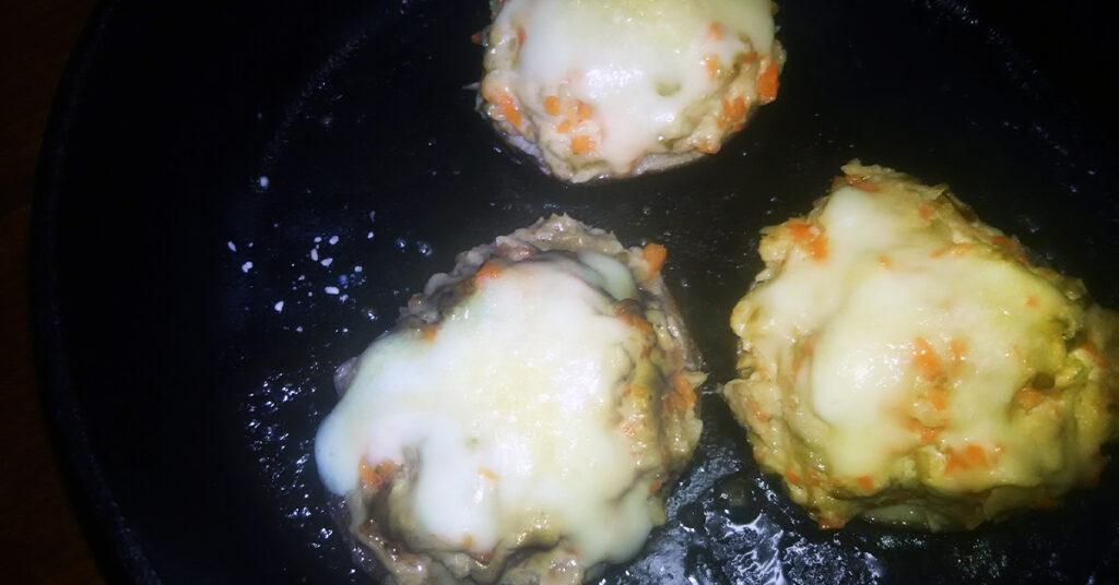 ボリューム満点!田中農場の特製白ねぎぽん酢を使ったしいたけのツナマヨチーズ詰め